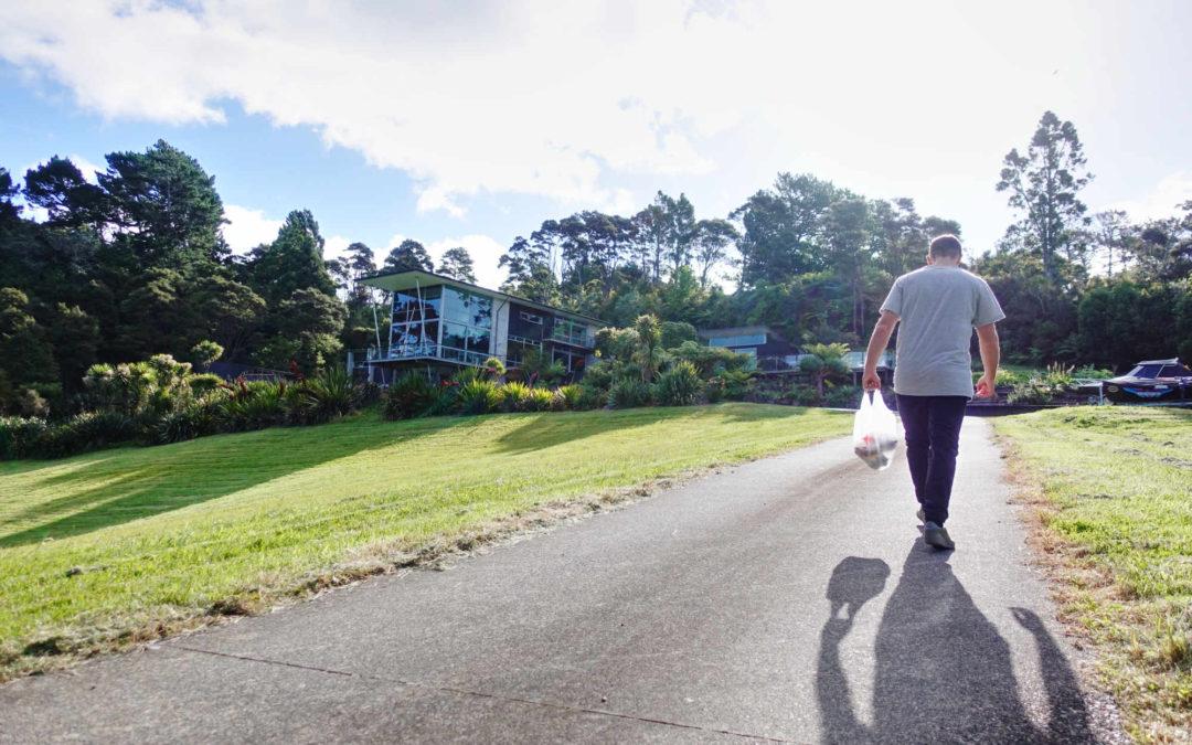 Erstes Auto, Gartenarbeit und der Busch – Die erste Woche in Neuseeland